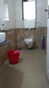 भांडूप वेस्ट में ओम साई प्रॉपर्टी के बाथरूम की तस्वीर