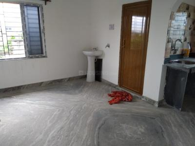 Gallery Cover Image of 550 Sq.ft 1 BHK Apartment for rent in Paschim Putiary for 5500