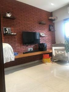 Gallery Cover Image of 1665 Sq.ft 3 BHK Apartment for buy in Santacruz West for 50000000