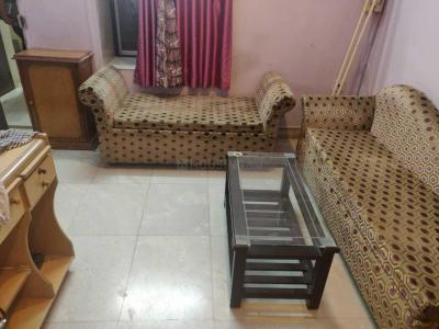 Gallery Cover Image of 700 Sq.ft 1 BHK Apartment for rent in Santacruz West for 48000