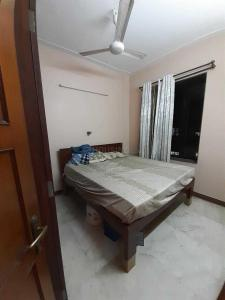 Gallery Cover Image of 502 Sq.ft 1 BHK Apartment for rent in Colaba for 65000
