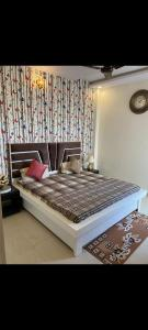 Gallery Cover Image of 1501 Sq.ft 3 BHK Villa for buy in Pristine Homes, Noida Extension for 2700000