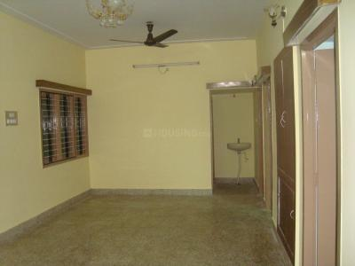 Gallery Cover Image of 750 Sq.ft 2 BHK Independent House for rent in Benson Town for 18000