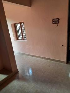 Gallery Cover Image of 450 Sq.ft 1 BHK Independent House for rent in Velachery for 7000