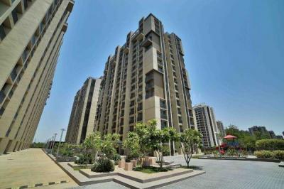 Gallery Cover Image of 1140 Sq.ft 2 BHK Apartment for buy in Goyal Orchid Greenfield, Shela for 4700000