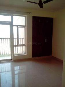 Gallery Cover Image of 1420 Sq.ft 3 BHK Apartment for rent in Noida Extension for 10000