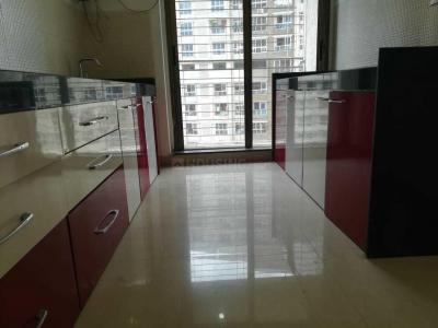 Gallery Cover Image of 1350 Sq.ft 3 BHK Apartment for rent in Kandivali East for 48000