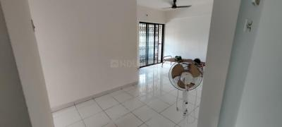 Gallery Cover Image of 911 Sq.ft 2 BHK Apartment for buy in Green Acres Phase 2, Thane West for 9500000
