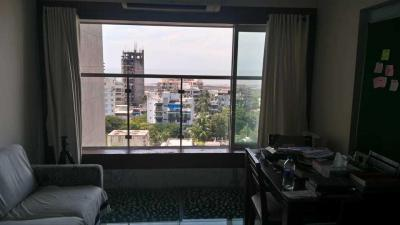 Gallery Cover Image of 1200 Sq.ft 2 BHK Apartment for rent in Khar West for 140000