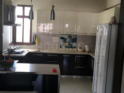 Gallery Cover Image of 1400 Sq.ft 2 BHK Independent Floor for rent in Suncity Sun City, Sector 54 for 27000