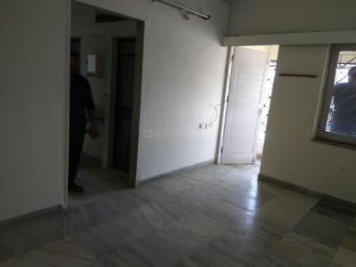 Gallery Cover Image of 525 Sq.ft 1 BHK Apartment for rent in Malad East for 28000