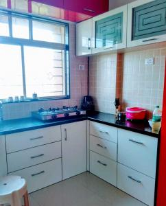 Gallery Cover Image of 700 Sq.ft 1 BHK Apartment for rent in Dhanori for 17000