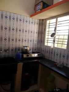 Gallery Cover Image of 600 Sq.ft 1 BHK Apartment for rent in K T Nidhi, Kamakshipalya for 5250