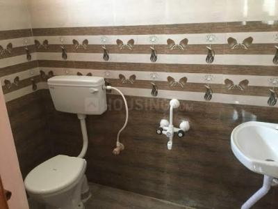 Bathroom Image of Daffodil Homestay PG in Velachery