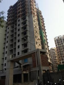Gallery Cover Image of 1100 Sq.ft 2 BHK Apartment for buy in Malad West for 13000000