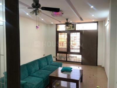 Gallery Cover Image of 2500 Sq.ft 4 BHK Independent Floor for rent in Rajouri Garden for 60000