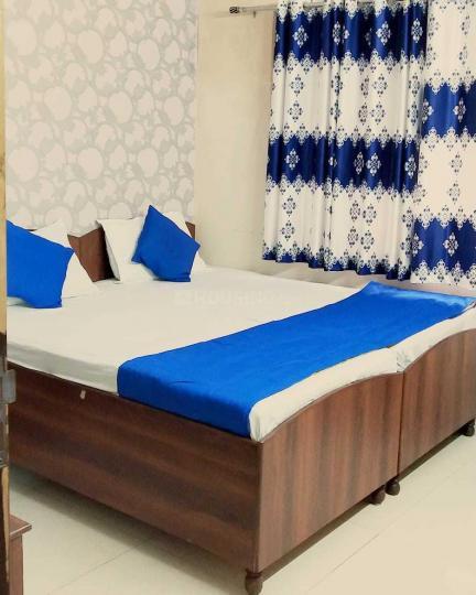 सेक्टर 19 में पीजी फॉर गर्ल्स के बेडरूम की तस्वीर