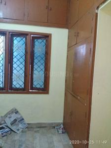 Gallery Cover Image of 1000 Sq.ft 2 BHK Independent Floor for rent in Sriram Nagar for 16000