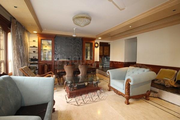 Living Room Image of 1600 Sq.ft 3 BHK Apartment for rent in Bandra West for 200000