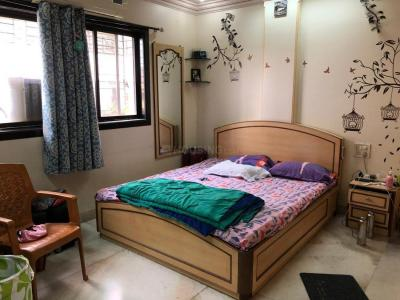 Gallery Cover Image of 1000 Sq.ft 4 BHK Apartment for rent in Santacruz East for 100000