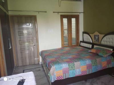 Gallery Cover Image of 1750 Sq.ft 2 BHK Independent House for rent in Solanipuram for 14000