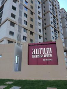 Gallery Cover Image of 1358 Sq.ft 2 BHK Apartment for rent in Padur for 15000