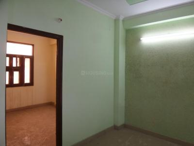 Gallery Cover Image of 650 Sq.ft 2 BHK Independent Floor for buy in Mahavir Enclave for 3600000