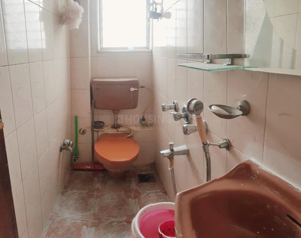 Common Bathroom Image of 1475 Sq.ft 3 BHK Apartment for rent in Juhu for 100000