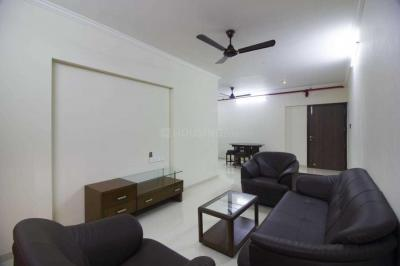 Gallery Cover Image of 1100 Sq.ft 2 BHK Apartment for rent in Bandra East for 85000