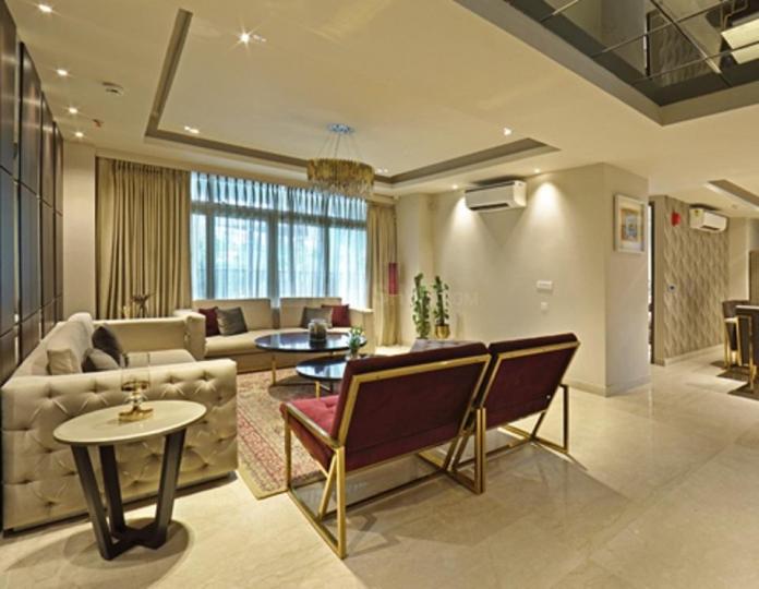ल्यूरेन्ट पार्क्स ल्यूरेन्ट, सेक्टर 108  में 3  खरीदें  के लिए 108 Sq.ft 3 BHK अपार्टमेंट के लिविंग रूम  की तस्वीर