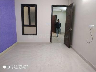 Gallery Cover Image of 1000 Sq.ft 2 BHK Independent Floor for buy in Sector 13 for 5500000
