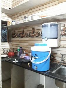 Kitchen Image of Anu Gera PG in Shalimar Bagh