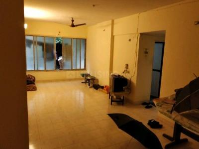 Gallery Cover Image of 1450 Sq.ft 3 BHK Apartment for rent in Kandivali East for 4000