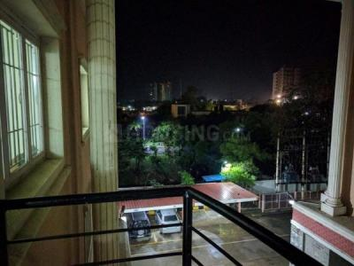 Gallery Cover Image of 1987 Sq.ft 4 BHK Apartment for rent in Suryavardhan Victoria Towers, Kalipathur for 34000