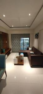 Gallery Cover Image of 1490 Sq.ft 3 BHK Apartment for buy in Poonam Park View, Virar West for 6300000