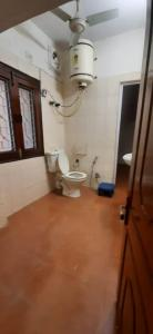 Bathroom Image of S.h PG Homes in Sarita Vihar