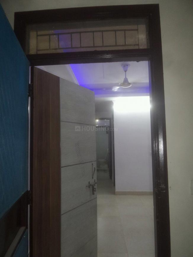 Main Entrance Image of 450 Sq.ft 1 BHK Apartment for rent in Mahavir Enclave for 8000