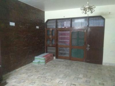 Gallery Cover Image of 1800 Sq.ft 2 BHK Independent Floor for rent in Gujranwala Town for 30000