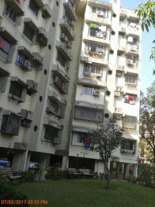 Gallery Cover Image of 585 Sq.ft 1 BHK Apartment for buy in Kandivali East for 8000000