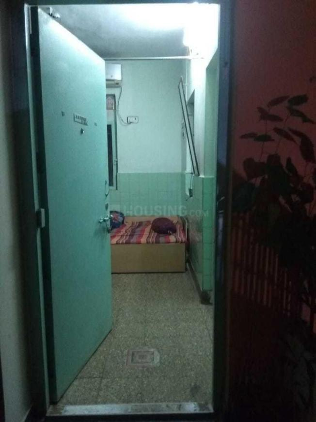 Main Entrance Image of 570 Sq.ft 1 BHK Apartment for rent in Goregaon West for 24000