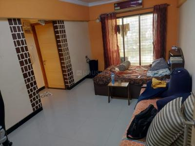 Gallery Cover Image of 657 Sq.ft 1 BHK Apartment for rent in Goregaon West for 25000