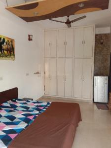 Gallery Cover Image of 600 Sq.ft 1 RK Independent House for rent in RHO 2 for 13500