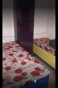 Bedroom Image of Aggarwal Girls PG in Shakarpur Khas