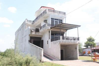Gallery Cover Image of 1890 Sq.ft 3 BHK Independent House for buy in Bajhiri for 8399000