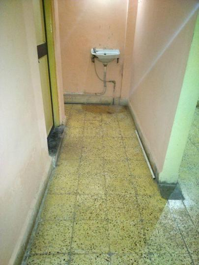 Passage Image of 850 Sq.ft 2 BHK Independent Floor for buy in Hadapsar for 10000000