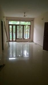 Gallery Cover Image of 1800 Sq.ft 3 BHK Apartment for rent in Cooke Town for 40000