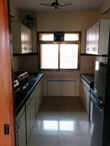 Gallery Cover Image of 1300 Sq.ft 3 BHK Apartment for rent in Skyline Oasis, Ghatkopar West for 60000