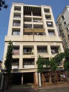 Gallery Cover Image of 800 Sq.ft 2 BHK Apartment for buy in Andheri West for 30000000