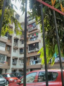 Gallery Cover Image of 1050 Sq.ft 2 BHK Apartment for rent in Malad East for 46000