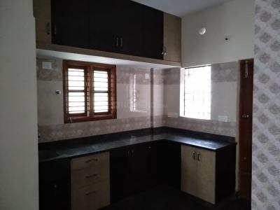 Gallery Cover Image of 1100 Sq.ft 2 BHK Independent Floor for rent in Subramanyapura for 15000